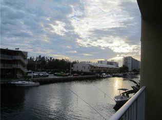 3944 NE 167th St Apt 203, North Miami Beach FL