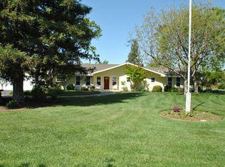 10220 E Tulare Ave, Sanger, CA 93657