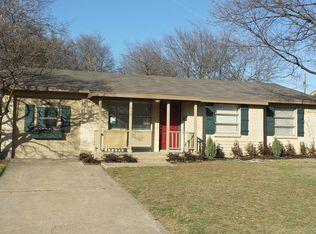 8738 Boundbrook Ave , Dallas TX