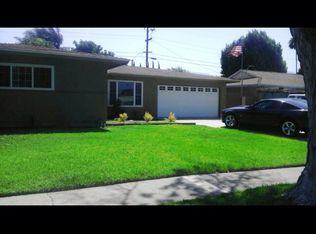 932 W Francis St , Corona CA