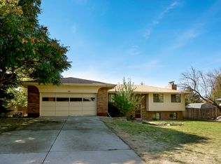 111 S Carr St , Lakewood CO