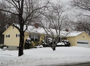 36 Barry Rd , Worcester MA