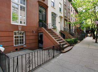 220 E 30th St , New York NY