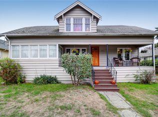 8714 17th Ave NW , Seattle WA