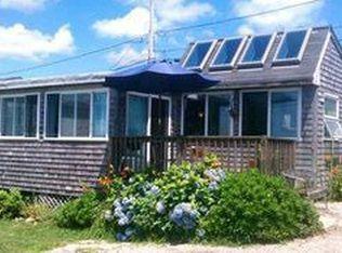 67 Shore Rd , Narragansett RI