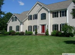 1 Noreen Rd , Mansfield MA