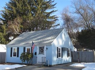 24 Chicopee St , Worcester MA