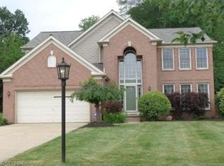 509 Continental Dr , Northfield OH