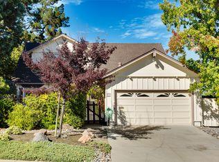 937 Castle Hill Rd , Redwood City CA