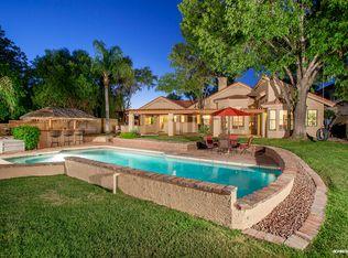 121 S Lakeview Blvd , Chandler AZ