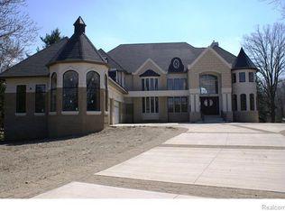 3425 Long Lake Rd, West Bloomfield Twp, MI 48323