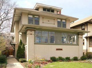 147 Linden Ave , Oak Park IL
