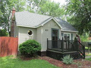 422 Homecrest Dr , Amherst NY