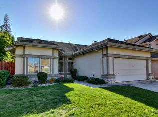8572 Zinnia Way , Elk Grove CA