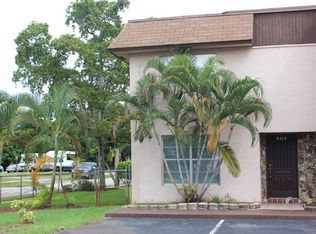 6612 SW 41st St , Davie FL