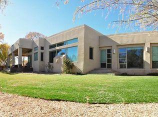 808 Sandoval Ln, Bernalillo, NM 87004