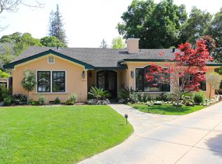 1045 Atkinson Ln, Menlo Park, CA 94025
