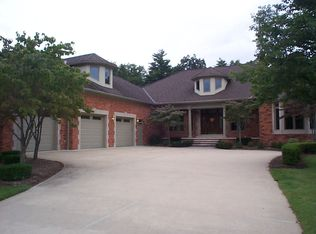 20 Golfside Dr, Saint Clair, MI 48079