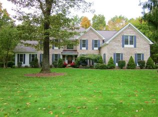 80 Carriage Dr # 80, Bethany, CT 06524
