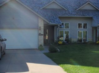 1710 Country Club Dr , Coralville IA