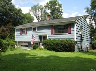 3 Fenway Dr , New Milford CT
