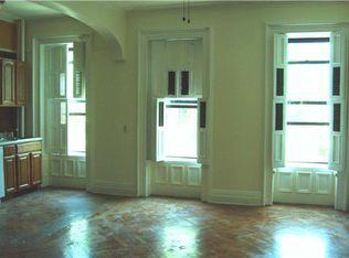 422 Grand Ave , Brooklyn NY