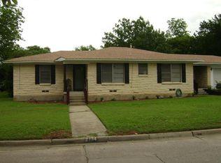 2134 Elmwood Blvd , Dallas TX