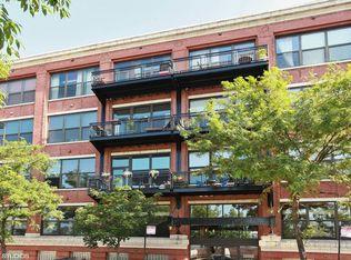 1040 W Adams St Unit 410, Chicago IL