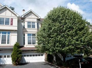 53 Winding Rdg , Oakland NJ
