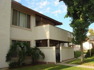 10263 Bell Gardens Dr Unit 4, Santee CA