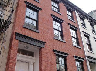 224 W 10th St # TOWNHOUSE, New York, NY 10014