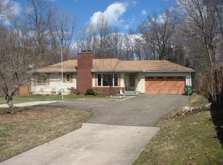 793 Southeast Ave , Tallmadge OH