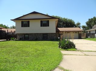 8603 E Hurst St , Wichita KS