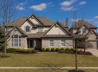 3434 Heritage Oaks Dr, Hilliard, OH 43026