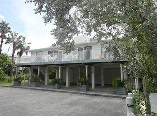 403 39th St Apt B, Holmes Beach FL