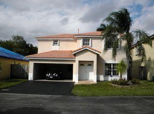 10225 NW 56th St , Doral FL