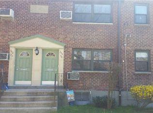 24250 Horace Harding Expy , Douglaston NY
