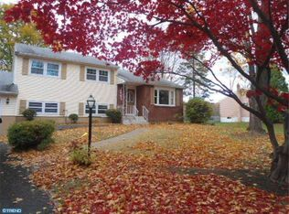 281 Daleview Dr , Yardley PA