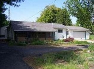 4202 W Crystal Lake Rd , Warsaw IN