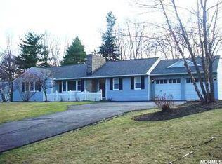 5824 Oakes Rd , Brecksville OH