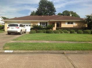 3147 Gardendale Dr , Port Neches TX