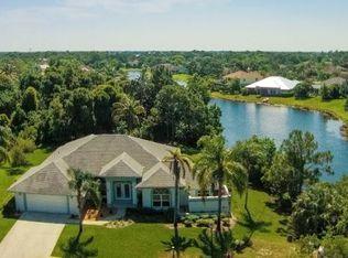 1009 SW Sand Oak Dr , Palm City FL