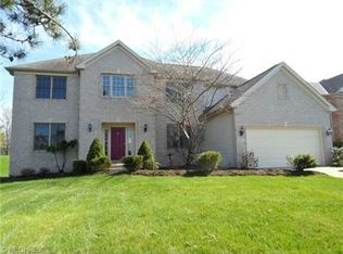 16011 Falmouth Dr , Strongsville OH