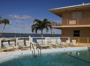 100 Wettaw Ln Apt 34, North Palm Beach FL