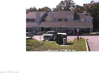 63 Leafwood Ln Apt 264, Groton CT