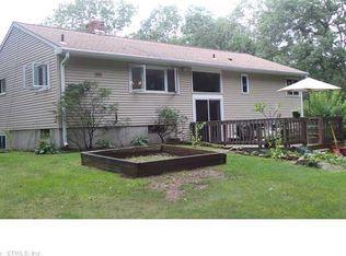 26 Eldredge Mills Rd , Willington CT