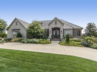 10509 E Crestwood Ct, Wichita, KS 67206