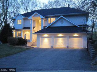 11623 Raspberry Hill Rd , Eden Prairie MN