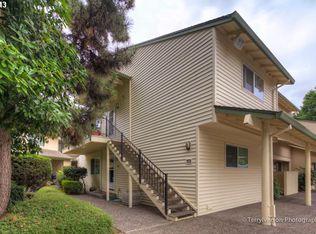 378 N Hayden Island Dr # 133, Portland OR