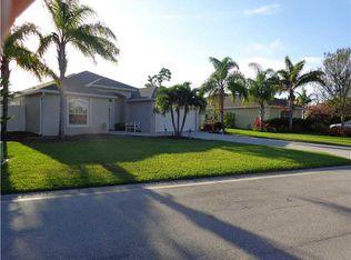 514 NW Fetterbush Way , Jensen Beach FL
